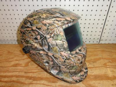 85206 GRIP Camouflage Auto Darkening Welding Helmet